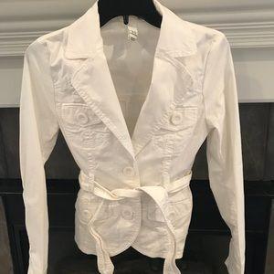 Belted White H&M jacket. SIZE 4 US